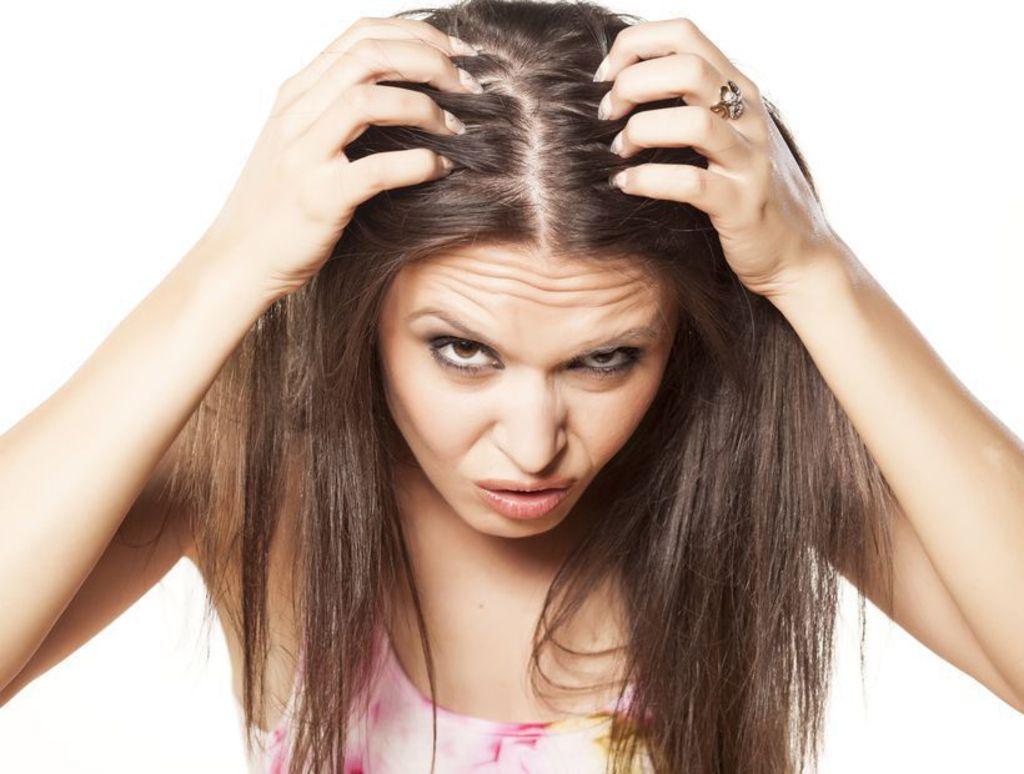 chute de cheveux hormonale femme traitement